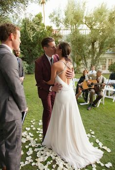 Trends, styles, celebrity dresses and gowns you get can for less. And of course, beautiful real weddings to drool over. - Part 4 Used Wedding Dresses, Celebrity Dresses, Real Weddings, Gowns, Celebrities, Amazing, Inspiration, Beautiful, Life