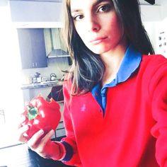 Caitlin Stasey Caitlin Stasey, Vampire Diaries The Originals, Athletic, Actresses, Zip, Fashion, Female Actresses, Moda, Athlete