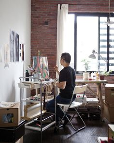 Justin's painter's trolley means he can work wherever the light or mood takes him