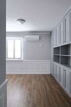 Alcove, Garage Doors, Bathtub, Bathroom, Outdoor Decor, Home Decor, Standing Bath, Washroom, Bathtubs