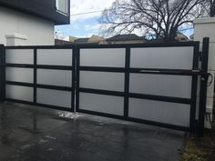 2rail Flush Top And Curved Design Fences Gates Fence