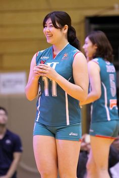 Female Volleyball Players, Women Volleyball, Yoga Dress, Myanmar Women, Volleyball Shorts, Volleyball Pictures, Fitness Inspiration Body, Gymnastics Girls, Sporty Girls
