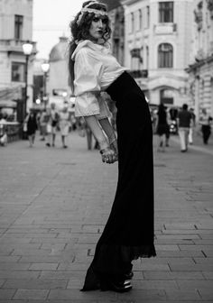 and designer Dorin Negrau (romanians) Girlie Style, Holga, Gifts For Photographers, Square Photos, Flash Photography, Photo Checks, Simple Bags, Photo Sessions, Cool Pictures