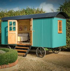 Garden Shed Colours Shepherds Hut 48 Ideas Garden Huts, Shed Colours, Shepherds Hut, Dream House Exterior, Moving House, Tiny House Living, Shed Plans, New Builds, Decorating Blogs