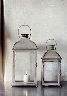 just love lanterns Entryway Decor, Diy Bedroom Decor, Wall Decor, Home Decor, Lanterns Decor, Candle Lanterns, Chandeliers, Modern Rustic Decor, Modern Interior Design