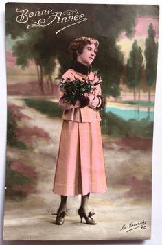 Antique French postcards * Set of 2 cards * Woman with pink 1900s dress and green flower bouquet * Early 20th century colorized photographs de la…