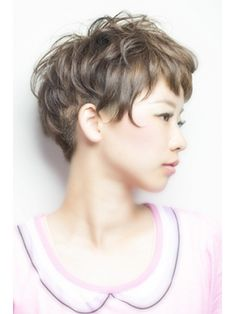 Permed Hairstyles, Short Hairstyles For Women, Cool Hairstyles, Very Short Hair, Short Wavy Hair, Kids Bob Haircut, Hear Style, Edgy Hair, Natural Curls