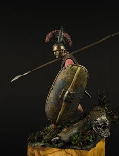 Roman Triarius toy soldier. Scale is 75 mm, white metal. Produced by Ares Mithologic and Sculpted by Phillip Damont.