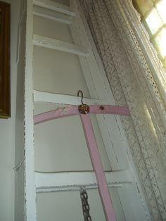 Shabby Chic vintage wooden ladder