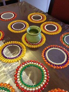 Diwali Diya, Diwali Party, Diwali Craft, Diy Diwali Decorations, Festival Decorations, Flower Decorations, Acrylic Rangoli, Cd Crafts, Hobbies And Crafts