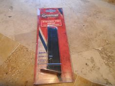 AIRSOFT CROSMAN SPARE CLIP.STINGER P311. 6MM. CLIP HOLDS 12. NEW IN PACKAGE. #CROSMAN