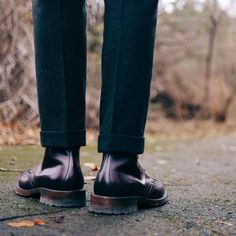 http://chicerman.com  marvaments:  Rainy days are best treated with wool trousers and commando sole boots. Epaulet charred forest EFF and @aldenofcarmel x @randythecobbler AF79. #Epaulet #eff #wool #wooltrousers #alden #aldenarmy #shellcordovan #color8 #wiwt #ootd #rainydays #waywt #vsco #vscocam #menswear  #menshoes