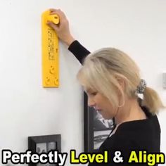 The level tool ensures each item hanging straight, Makes hanging and lining up pictures a breeze!! It can works great with hangers, sawtooth hook, D ring, nails. Cool Gadgets To Buy, Diy Home Repair, Picture Hangers, Home Gadgets, Home Repairs, Hanging Pictures, Cool Tools, Diy Tools, Diy Home Improvement