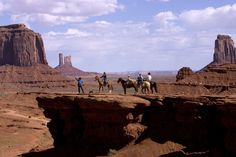 Moving northeast from Flagstaff brings you to Navajo Country and the magnificent Monument Valley. Here you will find lonely buttes and pinnacles and sheer rock mesas in a continuously shifting play of light and shadow along vast stretches of high desert.  Learn more about Arizona  at http://www.onlinetraveltraining.co.uk/welcome-to-arizona/home.aspx