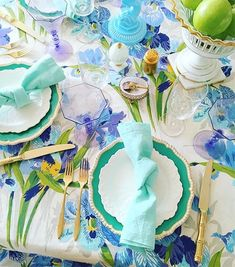 Josi, Table Setting Inspiration, Thanksgiving Table Settings, Easter Holidays, Fall Table, Easter Table, Wedding Art, Decoration Table, Chinoiserie