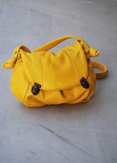 sac prada moutard