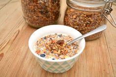 Men hva spiser du egentlig?: Granola med cashewnøtter og dadler (Glutenfri)