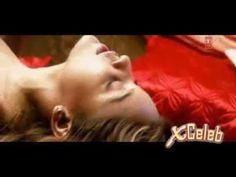 Tanushree Dutta hot nipple seen on bed