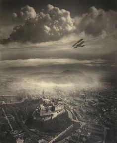 Aerial photograph of Edinburgh (circa 1920's when aerial photography was still in its infancy) [538x659] : HistoryPorn