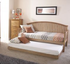 The Madrid Wooden Day Bed features a solid wood construction and a beautifully arched and slatted headboard. This day bed is ideal for children's bedrooms, guest rooms or conservatories. Camas Murphy, Horizontal Murphy Bed, Modern Murphy Beds, Modern Futon, Modern Bedding, Hideaway Bed, Diy Bett, Guest Room Office, Guest Rooms