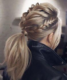 Featured Hairstyle: tonyastylist; www.instagram.com/tonyastylist; Wedding hairstyle idea. #weddingheairstyles #weddinghairstyles