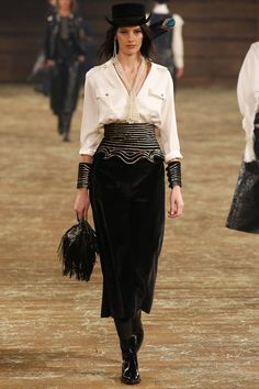 #Chanel Pre-Fall 2014Runway Fashion Week