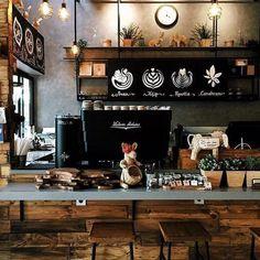 Coffee Shop Bar, Coffee Shop Design, Coffee Bars, Coffee Coffee, Deco Restaurant, Restaurant Design, Café Design, Design Model, Coffee Shop Aesthetic