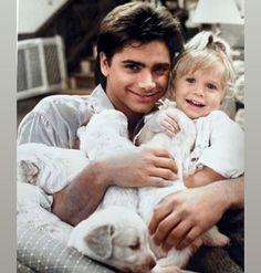 Mary Kate Ashley, Mary Kate Olsen, Full House Cast, Michelle Tanner, Uncle Jesse, San Francisco, John Stamos, House Fan, Fuller House