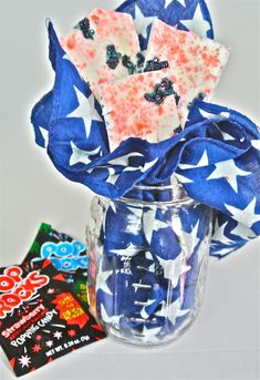 4th of July Pop Rocks Bark. Delicious and a fun and edible craft to do with kids!