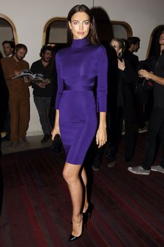 Read and discover fashion news and photos from New York Star Fashion, Fashion News, Fashion Models, High Fashion, Fashion Outfits, Womens Fashion, Irina Shayk Dress, Irina Shayk Style, Bradley Cooper