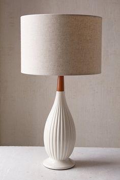 Elin Table Lamp - Ur