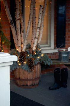 Beautiful Christmas porch idea  I love The Art of Doing Stuff #1