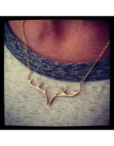 Antler Necklace; Must have !