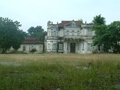 Mansion ruin - 'Northam Lodge' 1910 Georgetown Penang Malaysia by les.butcher, via Flickr