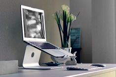 Modern Workspace  :: MacBook Air