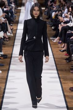 View the complete Fall 2017 collection from Lanvin.