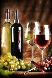 Nadire Atas on Vinhos em Promoção   Resultado de imagen para fotos de bodegones Wine Photography, Still Life Photography, Wine Vineyards, Wine Design, Wine Art, Italian Wine, Italian Party, Painted Wine Glasses, In Vino Veritas
