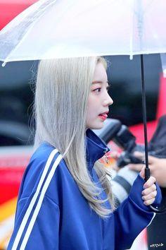 Lovely Twice Photo Part 27 - Visit to See Nayeon, South Korean Girls, Korean Girl Groups, Super Junior Leeteuk, Twice Photoshoot, Korean Haircut, Twice Korean, Twice Jyp, Twice Dahyun