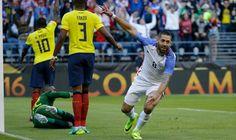 Estados Unidos primer semifinalista de Copa América Centenario tras vencer 2-1 a Ecuador.
