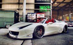 Liberty Walk Ferrari 458 Spider Widebody – automotive99.com