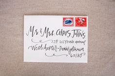 Calligraphie de mariage enveloppe adressage - noir calligraphie moderne by LetteredLifeShop on Etsy