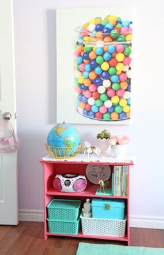 Girls Bedroom Decor- A Fresh Makeover
