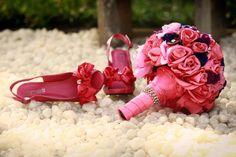 www.facebook.com/PaperFlowersBySimona Wedding Story, Bride Bouquets, Paper Flowers, Real Weddings, Fairy, Facebook, Wedding Things, Bridal Bouquets, Angel