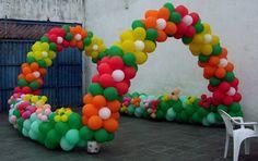balloon decor ... Crazy fun!