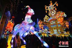 Sichuan : le festival et la foire commerciale des lanternes pour le Nouvel An chinois