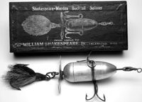 Shakespeare Worden buck tail spinner Fishing Lure with black box