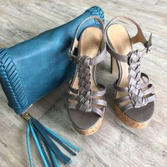 LAUREN CONRAD Cork Heels One heel has a scuff (in photo), but barely any wear on bottoms. Perfect for that summer dress or ripped boyfriend jeans! Lauren Conrad Shoes