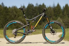 Photo of Santa Cruz Bronson C in San Diego, California, United States. Santa Cruz Bronson C Road Bikes, Cycling Bikes, Cycling Art, Cycling Jerseys, E Mountain Bike, Mt Bike, E Mtb, Mtb Trails, Downhill Bike