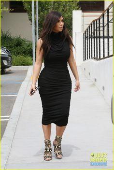 Kim Kardashian Shows Off Her Curves in Form-Fitting Dress | Kim Kardashian Photos | Just Jared