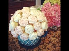 In this video Anh creates cupcake flower bouquets for a special party. She creates 3 bouquets: hydrangea, roses, and chrysanthemums. This video only includes. Cupcake Flower Pots, Cupcake Flower Bouquets, Flower Boquet, Rose Bouquet, Love Cupcakes, Cupcake Cookies, Wedding Dress Cupcakes, Hobby Lobby Wedding Invitations, Frosting Techniques